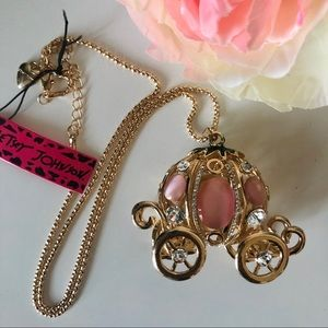 NWT - Betsey Johnson Princess Carriage Necklace